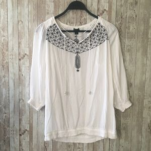 3/$25 Roots Embroidered Peasant Top